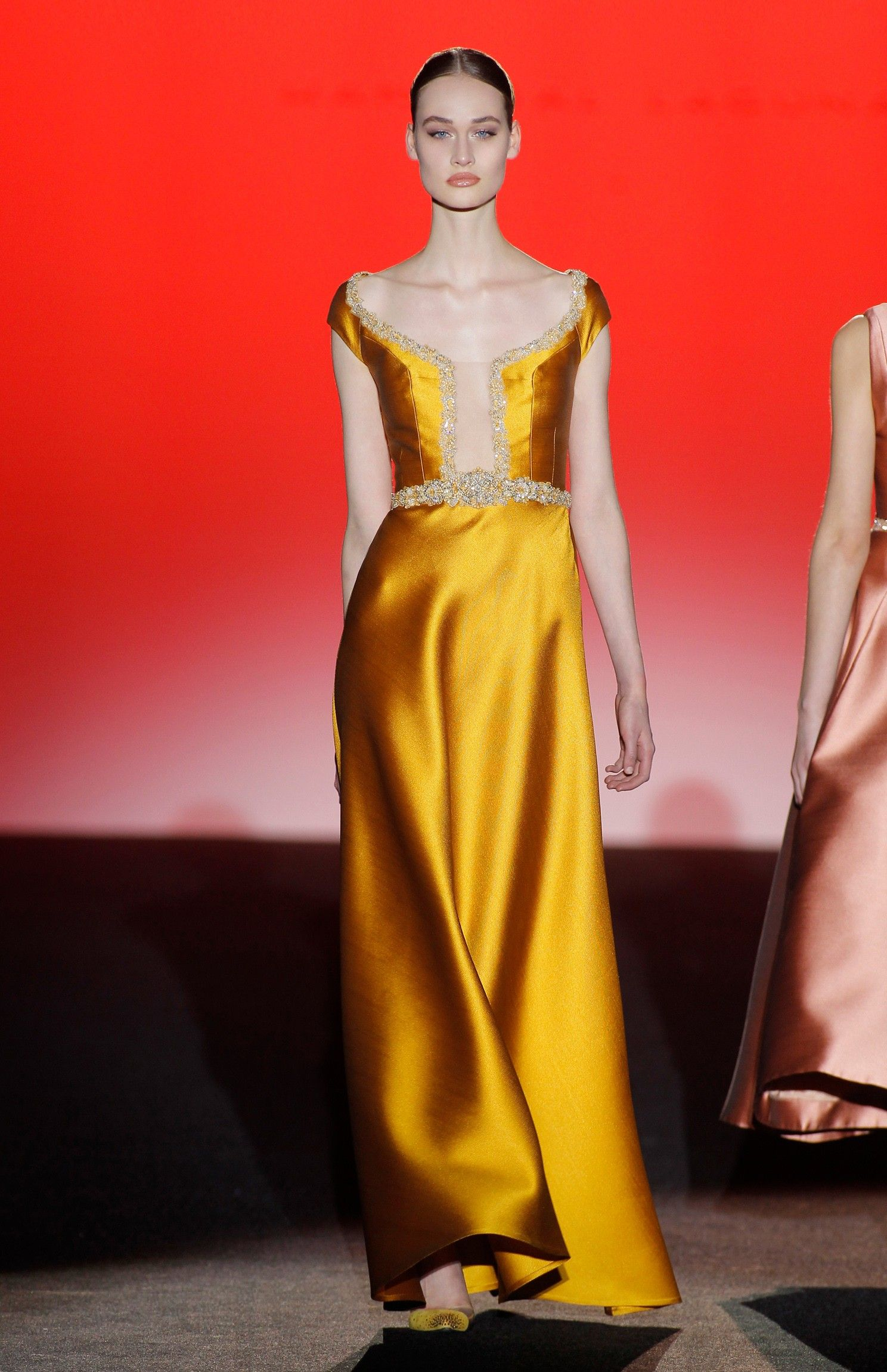 Moda vestidos de noche otono 2019