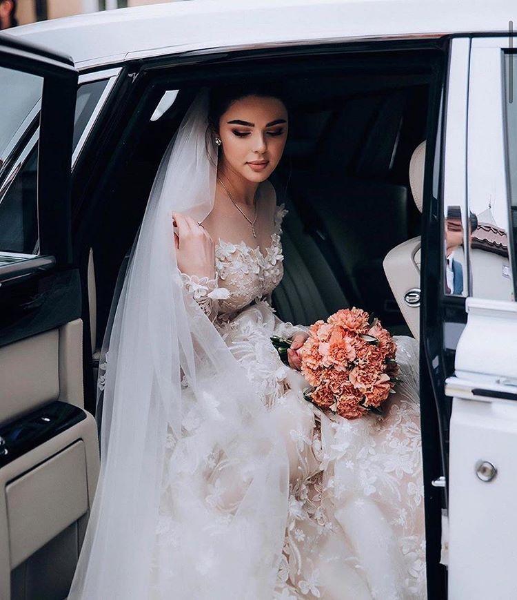 Basooma Na Instagrame العروس تنقط كييياته فساتين لمى فاشن مرا ناعمه وانيقه كل اسبوع ينزلون فساتين ج Dresses Wedding Dresses Fashion