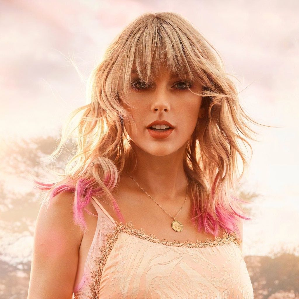 Taylor Swift In 2020 Taylor Swift Photoshoot Taylor Swift Hair Taylor Swift Hot