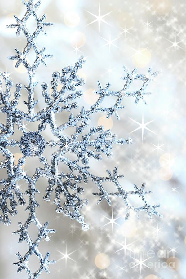 Pin By Ire On Winter Wedding Christmas Wallpaper Snowflake Wallpaper Winter Wallpaper