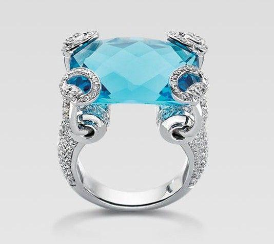 56540c0d6 Gucci aquamarine 18K white gold diamond horsebit ring | delavega in ...