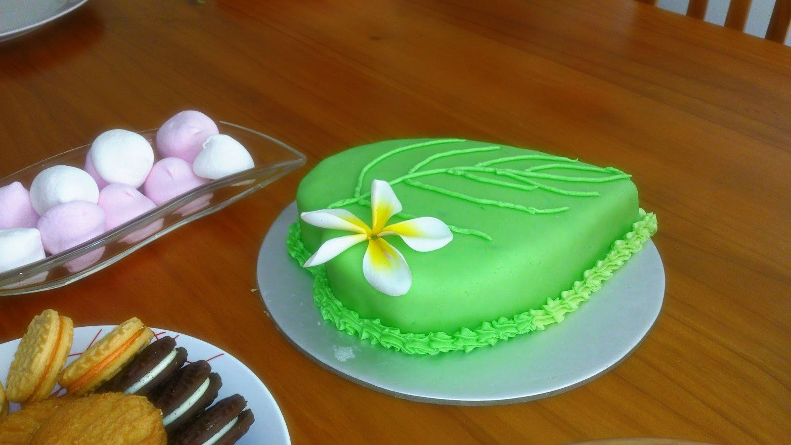 cake icing design sinhala Celebrating Sri Lankan New Year in style, the betel leaf cake