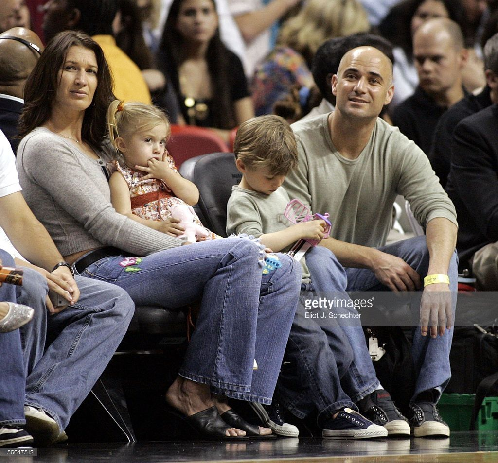 Steffi Graf And Andre Agassi With Their Kids Jaz Elle 2003 And Jaden Gil 2001 Tennissers