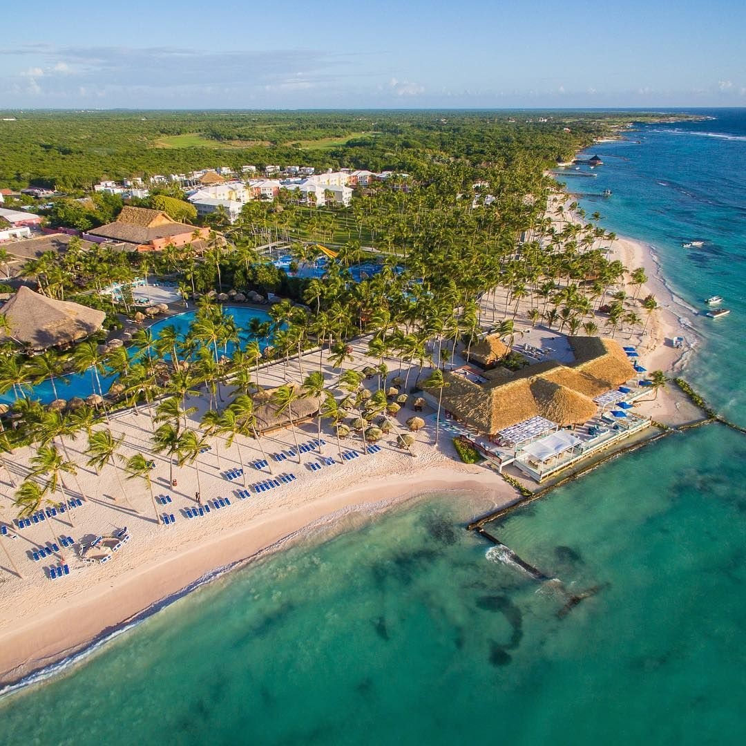 The Pool Or The Ocean You 39 Re Spoiled For Choice At Punta