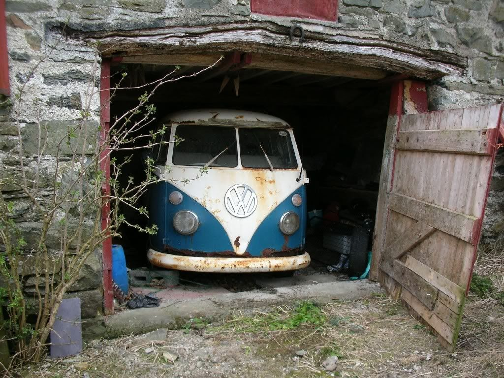 Vw Microbus Barn Find Cars Pinterest Barn Finds