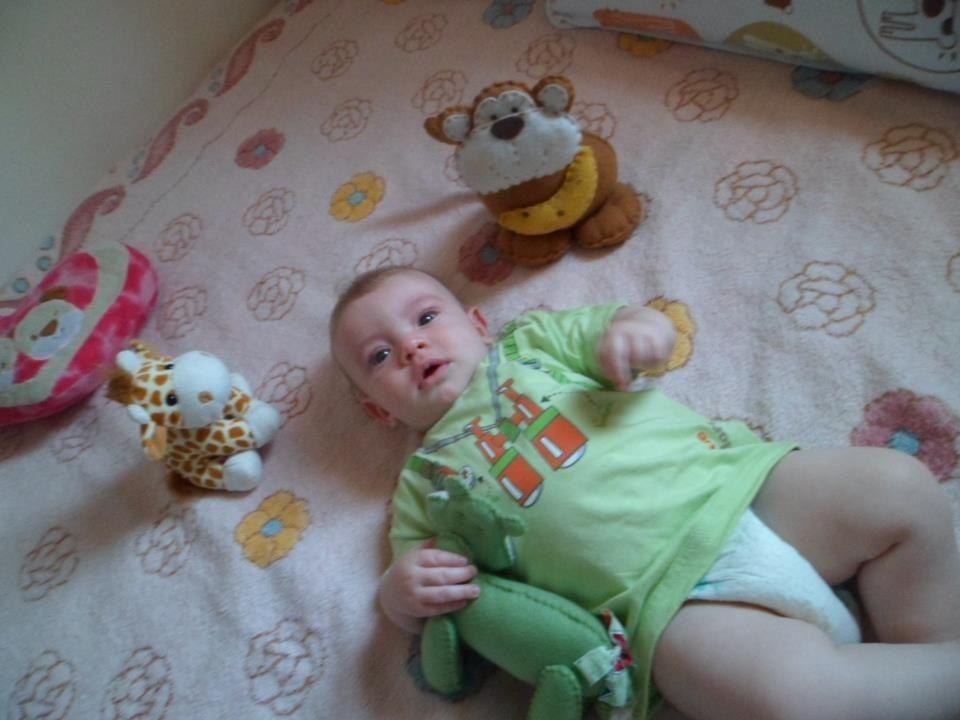 ARTHUR..com camiseta linda da babycub......adoramos as roupinhas....ficaram lindas nele.....obrigada