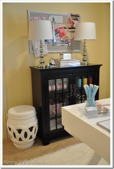 Where I Blog {Office Makeover} Floating shelf decor