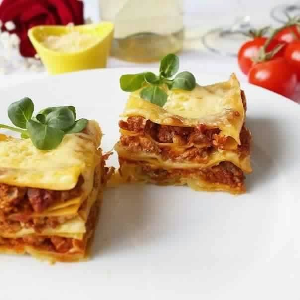 Lasagna recipe httpeasy lunch recipeslasagna recipe find this pin and more on food network recipes by ninayanova forumfinder Gallery
