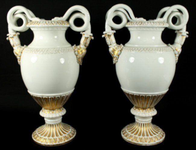 Pair Of 19th C Meissen Vases Lot 185 Meissen La Reina De Las