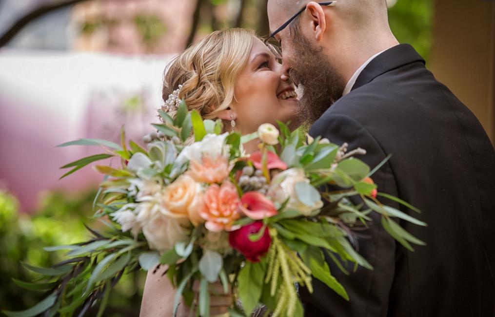 Wedding flowers bride groom