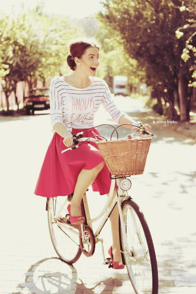 because bicycle is a fun, joyful and why not, a stylish way of transport ♥