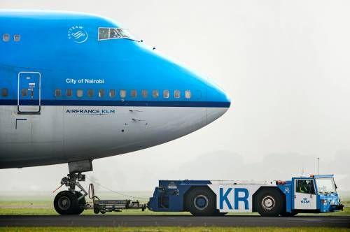 KLM-Boeing keert terug om technisch probleem