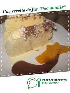 Parfait glacé meringué orange cointreau et sa sauce chocolat