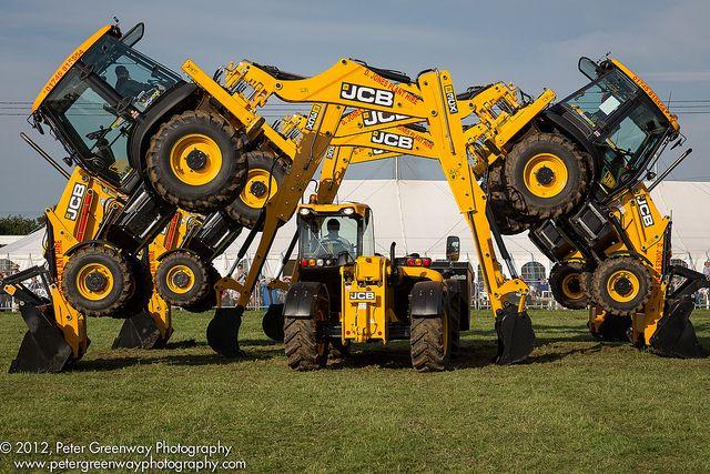 Jcb Digger Google Search Heavy Equipment Heavy Machinery