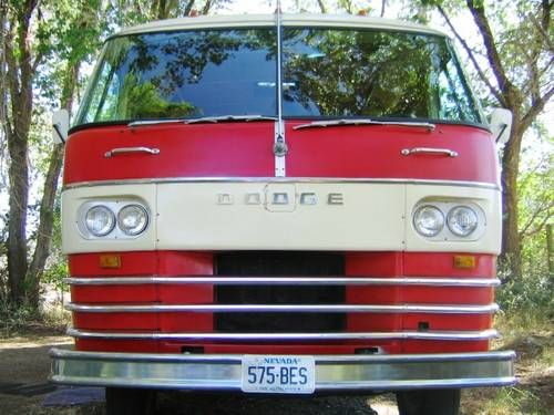 Rollin Home Dodge Travco Motorhome Lune Travels Blog Vintage Motorhome Motorhome Vintage Trailers