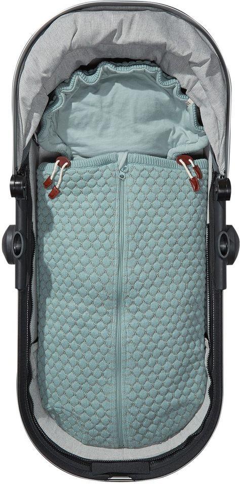 joolz essentials baby nest f r kinderwagen und babyschale oder einfach zum kuscheln baby. Black Bedroom Furniture Sets. Home Design Ideas