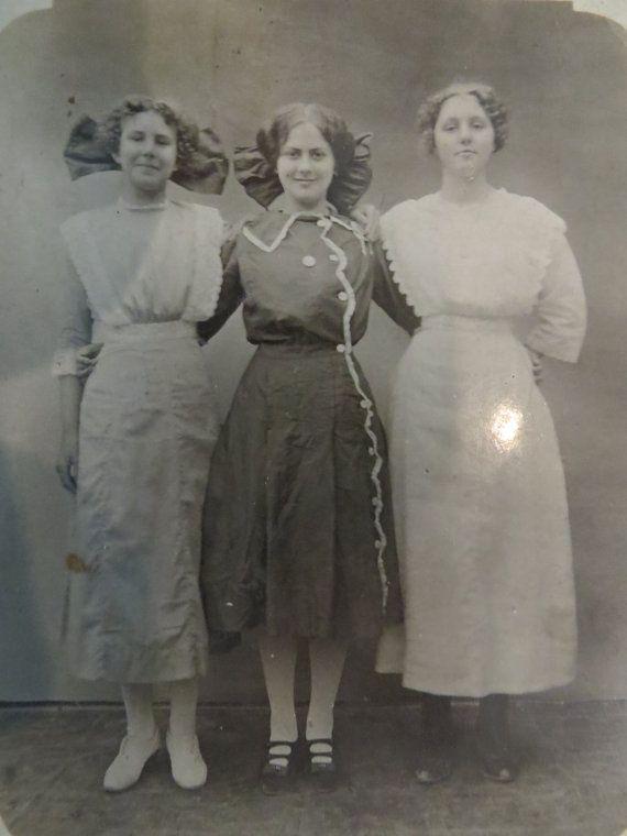 Victorian Women Photo RPPC
