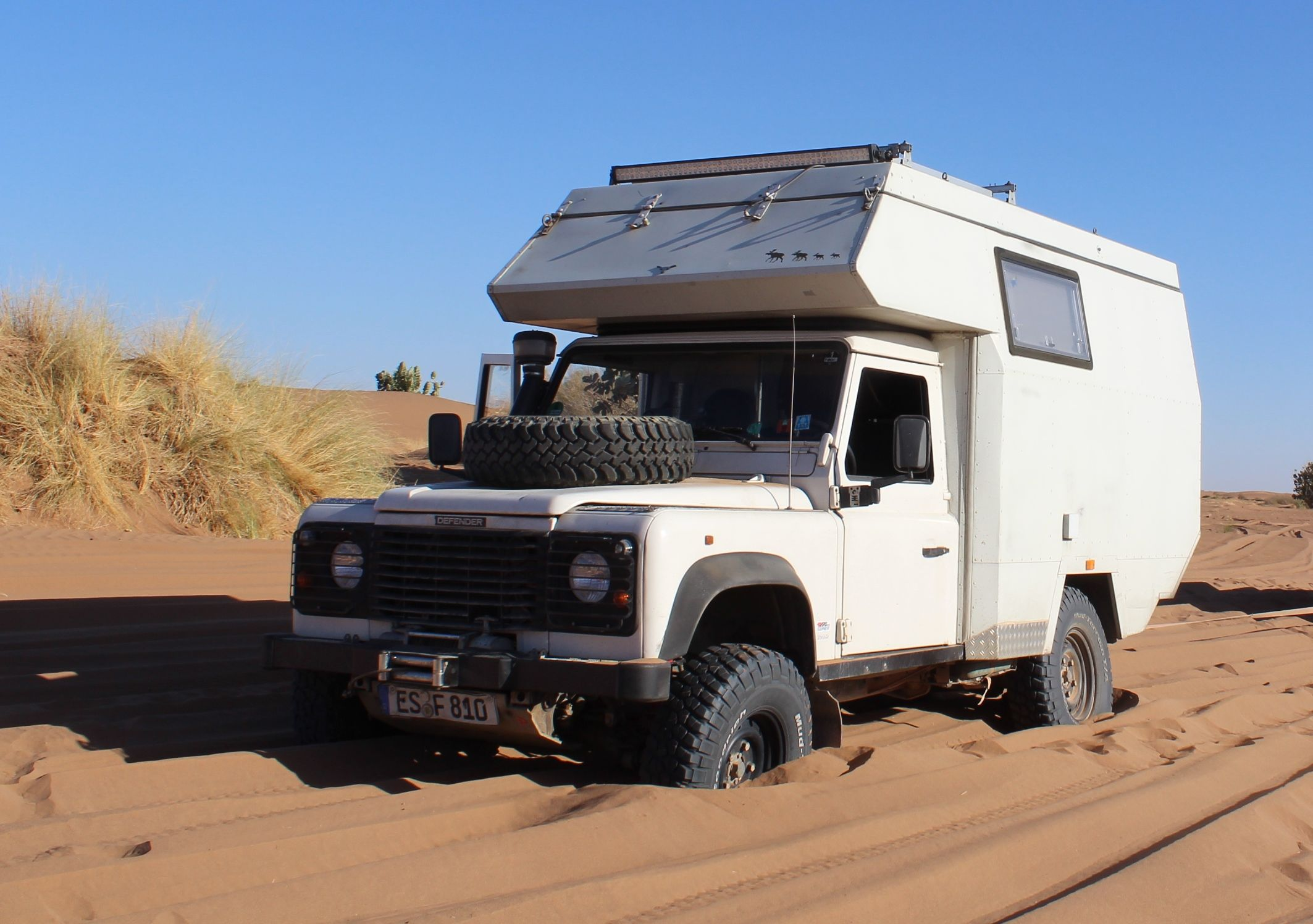 Land Rover Defender Caravan I Sand Any Problem Land Rover