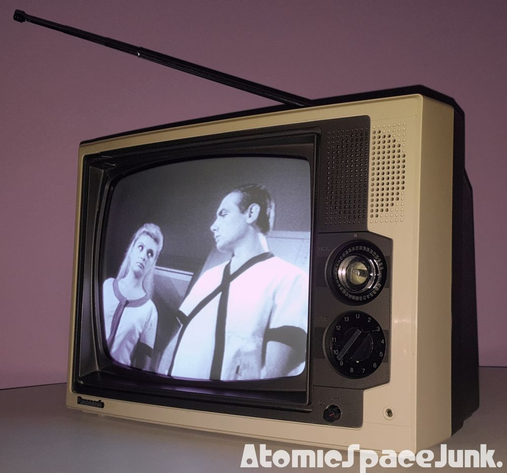 Panasonic Vintage Television Set 12 Inch Black White Tv 1984 Model Tr 1240t Vintage Television Vintage Tv Old Tv
