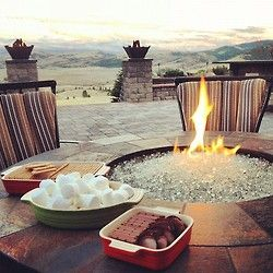 To have a back yard like this.. I'd do anything.