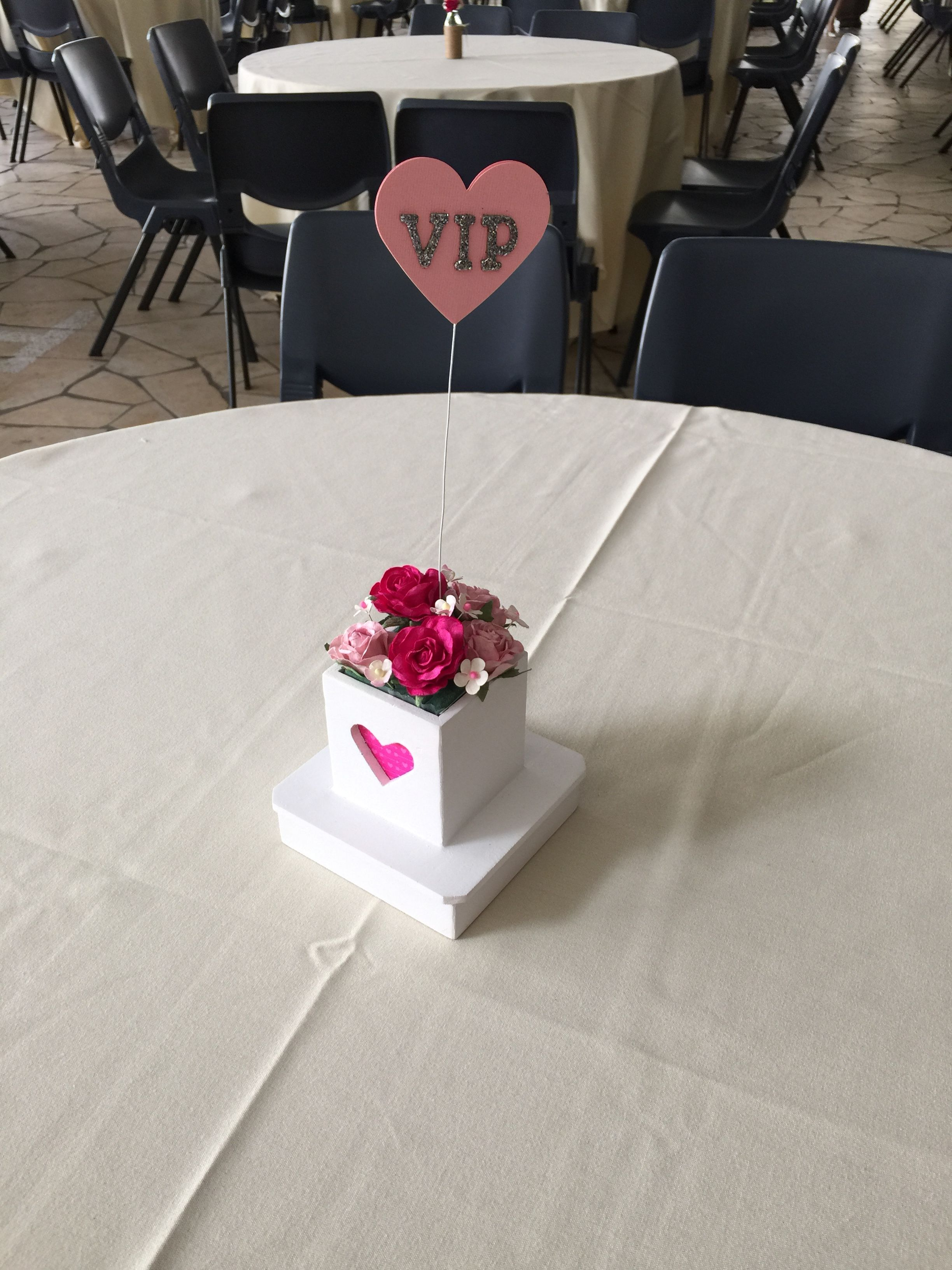 VIP Table Flower Centrepiece. Wedding set up, Flower