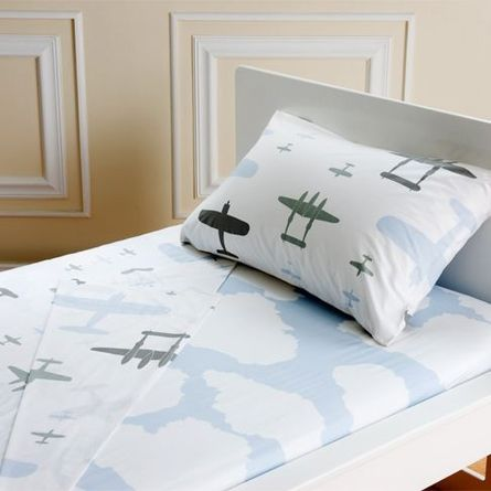Organic Twin Planes Sheet Set The Older Boy Will Be In Cloud