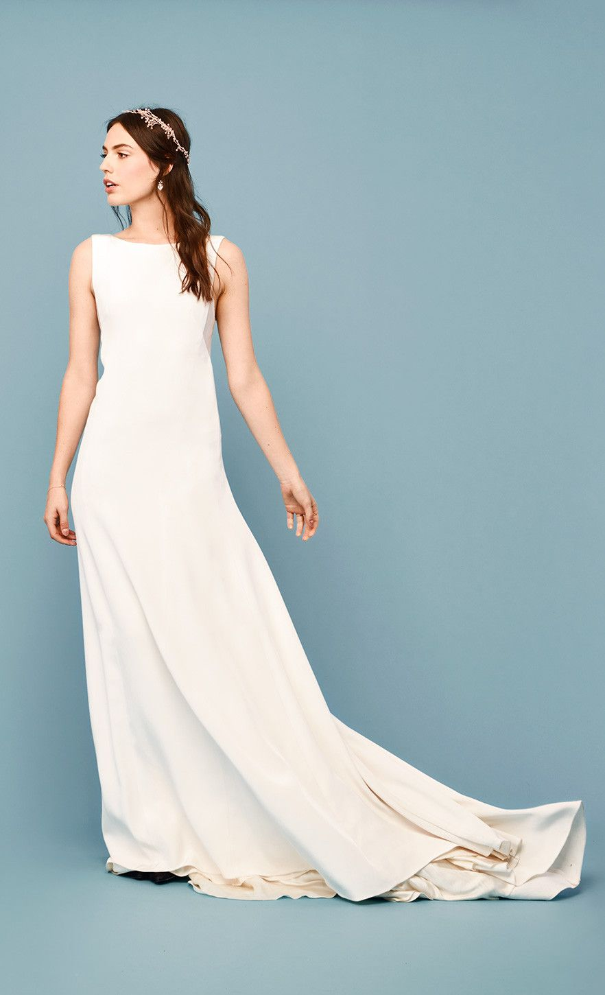 ff3796195cc5 Effortlessly sophisticated silk crepe + clean lines are perfection for the  modern minimalist