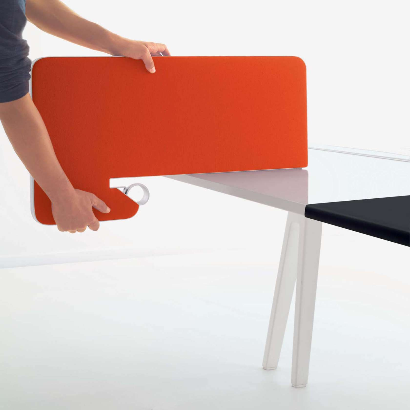 Pin By Vitra Abbie Anderson On Joyn Desk Dividers Desk Partitions Cool Office Desk