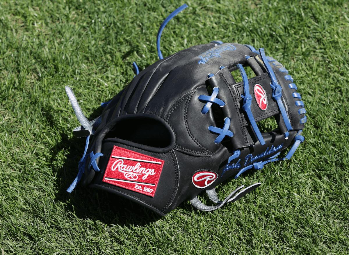 Josh Donaldson S Rawlings Pronp5 Glove Rawlings Baseball Glove Baseball Gear