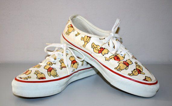 a9fa718d8db Winnie the Pooh 80s VINTAGE VANS Sneakers Punk par StatedStyle ...