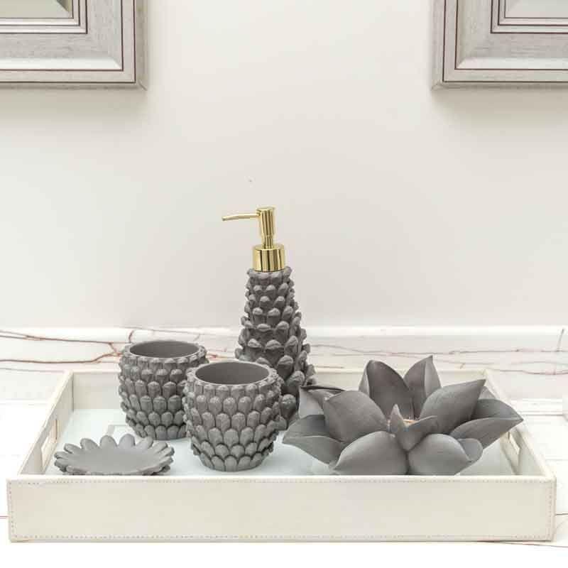 مجموعة اكسسوارات الحمام بتصميم زهرة الصنوبر Bathroom Accessories Decor Home Decor