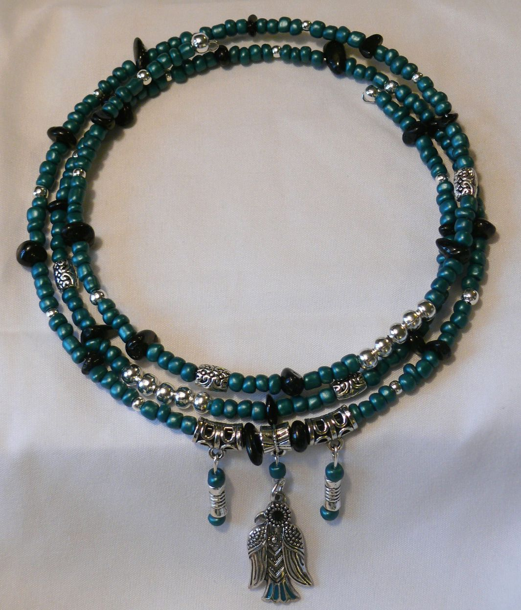 Metallic teal and Silver Beaded Memory Wire choker. Handcrafted one ...