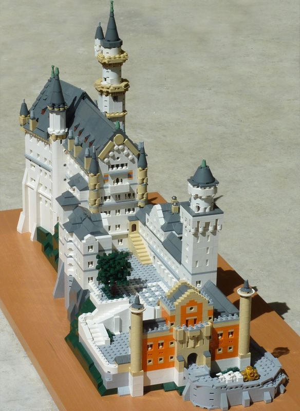 Castle Neuschwanstein By T Brick On Brickshelf Lego Design Lego Creations Big Lego