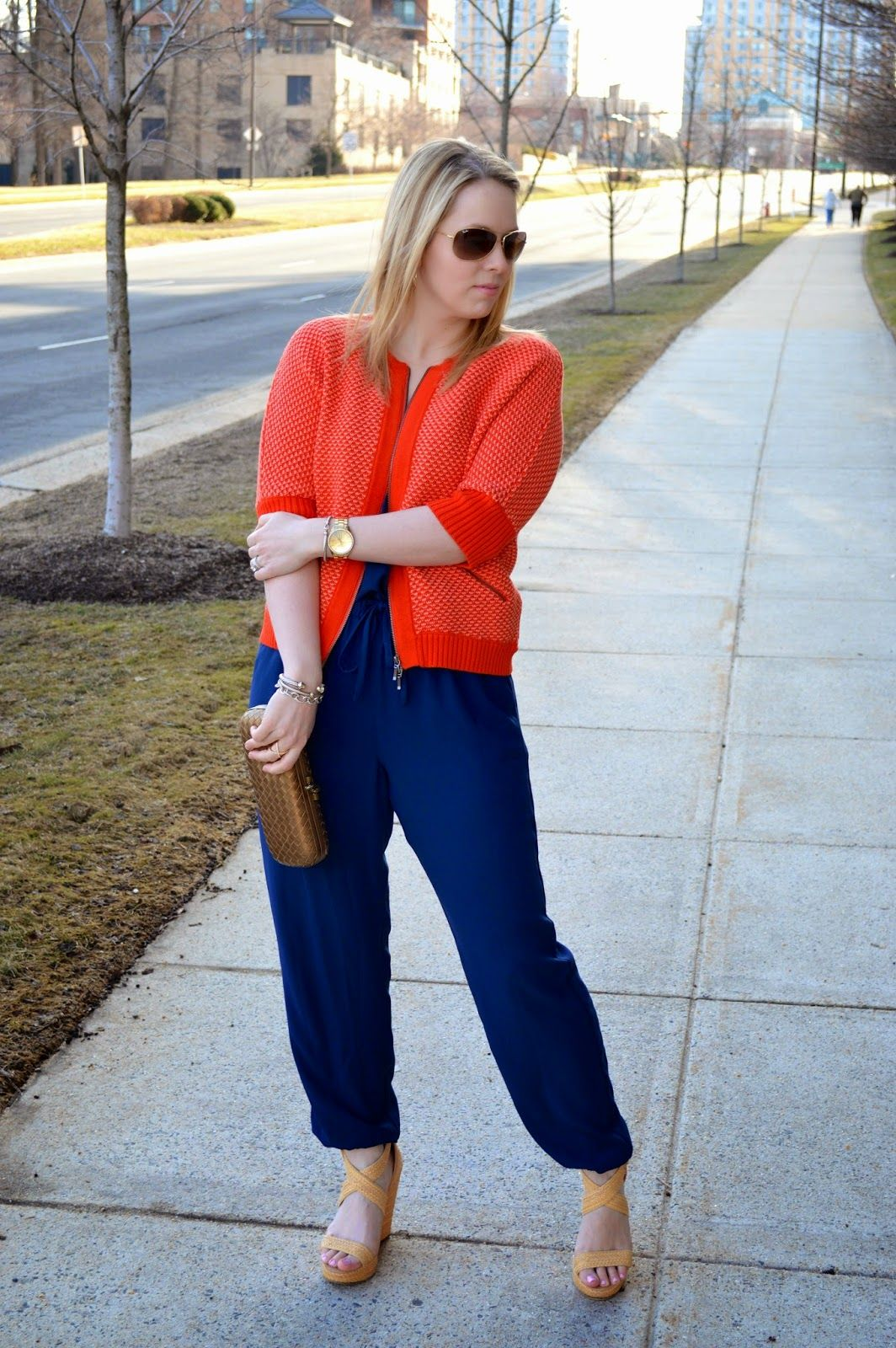 a1dfaa93ac492 coral-cabi-sweater Blonde Moments, Preppy Outfits, What To Wear, In