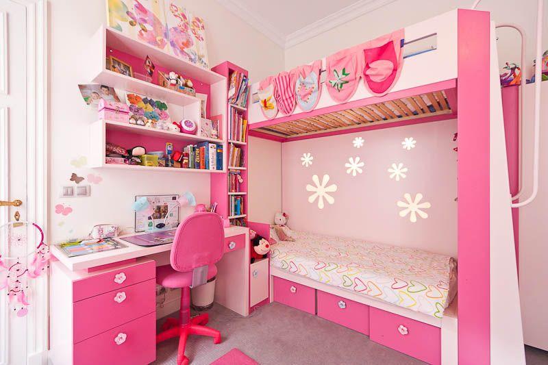 Une chambre rose bonbon d co recherche et interieur for Chambre fille rose