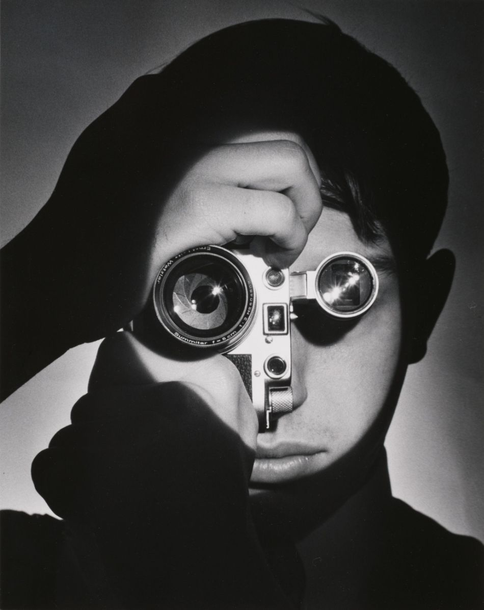 Top 10 black and white self portraits by famous photographers andreas feininger