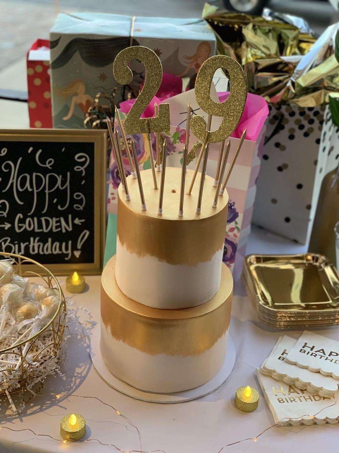 Golden Birthday Cake Golden birthday cakes, Golden