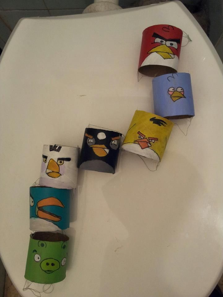Angry birds made from toilet paper rolls a recycled