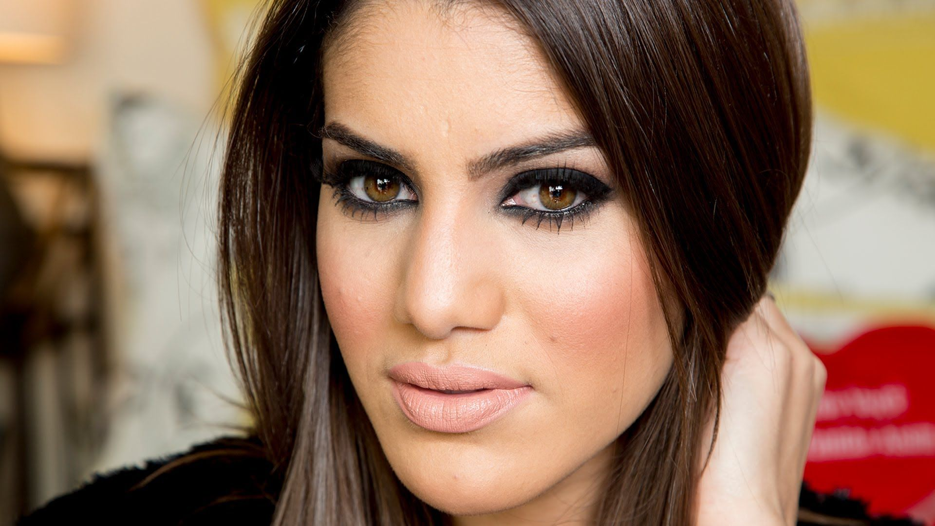 Kim Kardashian Inspired Makeup by Camila Coelho