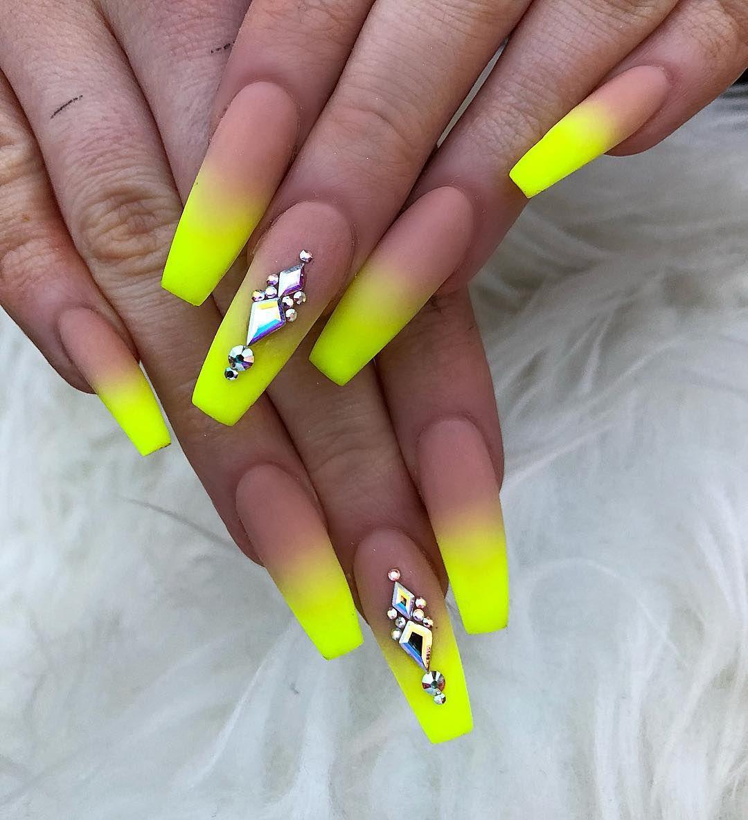 Neon Yellow Ombré 😻💛. . . . . . nails nailsofinstagram