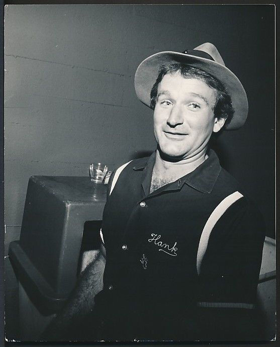Rare photo of Robin Williams out on the streets