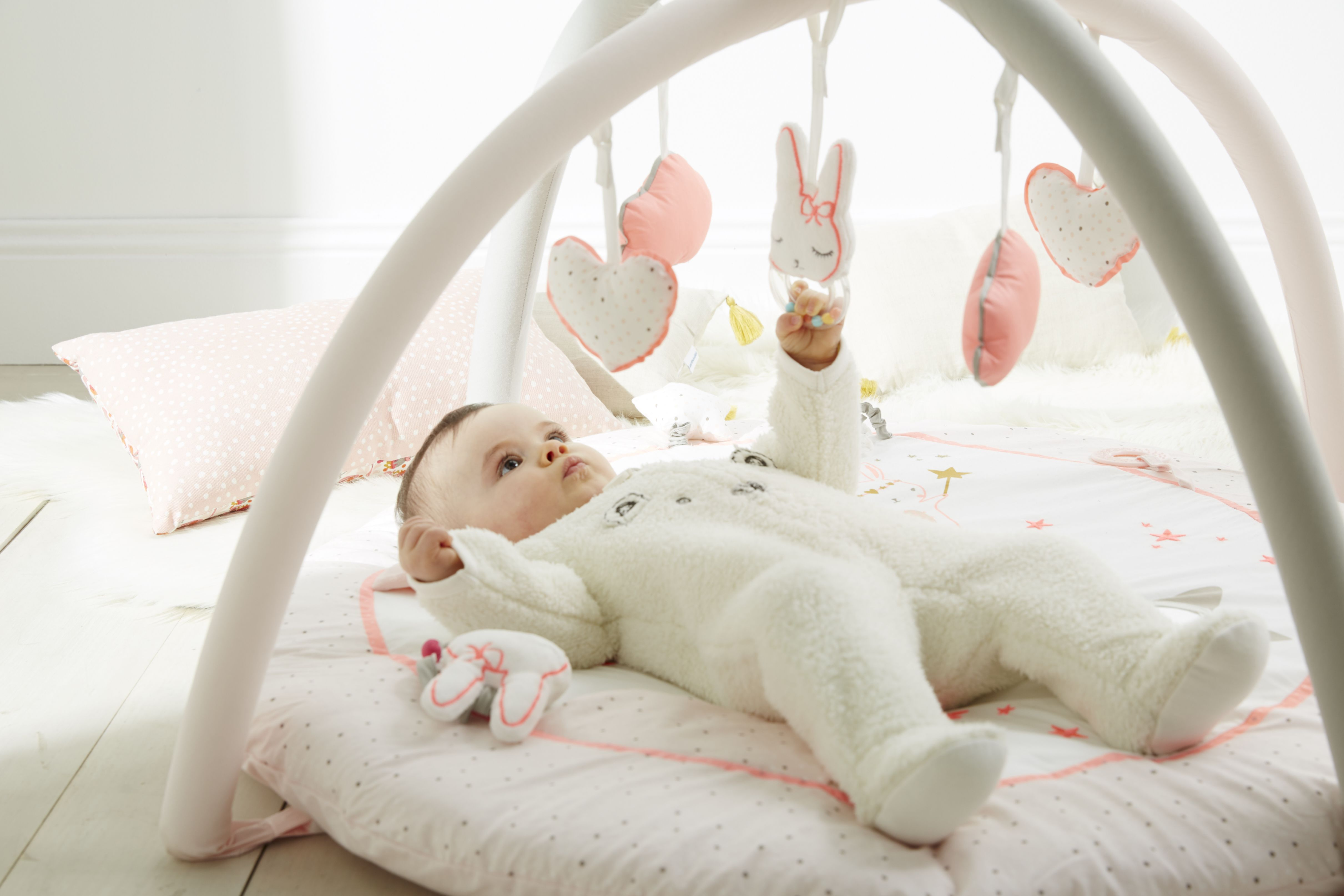 Kinderzimmer Vertbaudet ~ Vertbaudet découvrez nos plus beaux tapis d éveil poussez