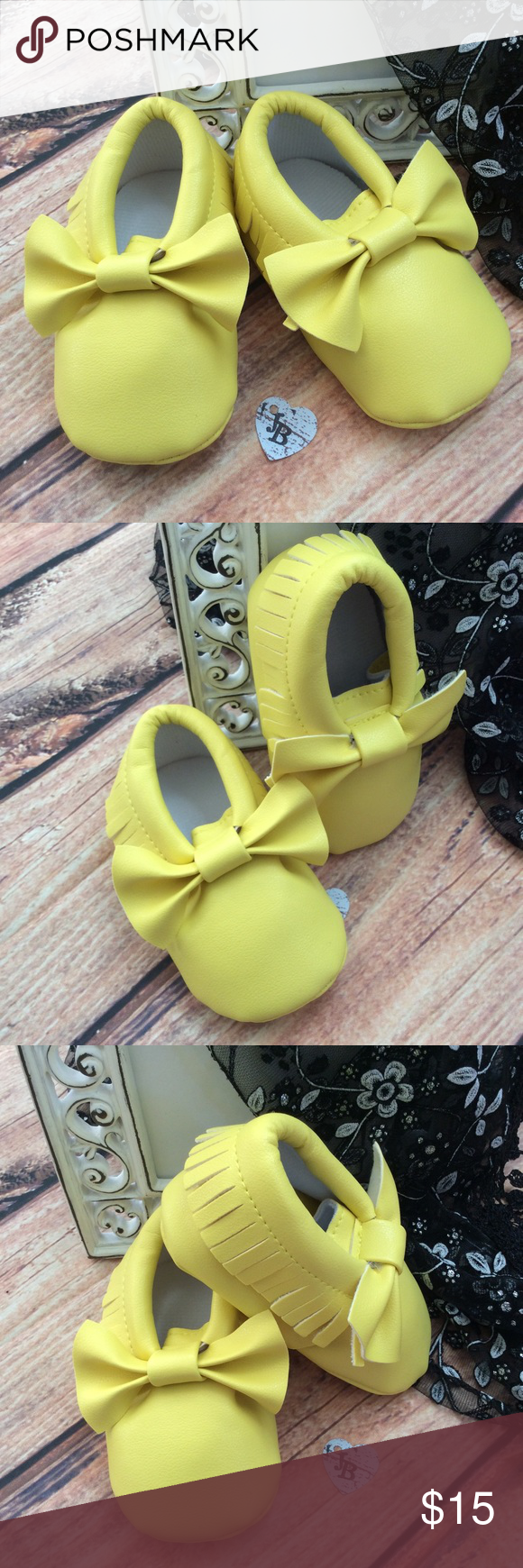 Boutique Baby Girl Fringe Bow Moccasin Shoes Sunshine yellow. Very precious baby Shoes!! Moccasin style with Fringe around edges and big bow on tops. Perfect for upcoming spring season!! Shoes Baby & Walker