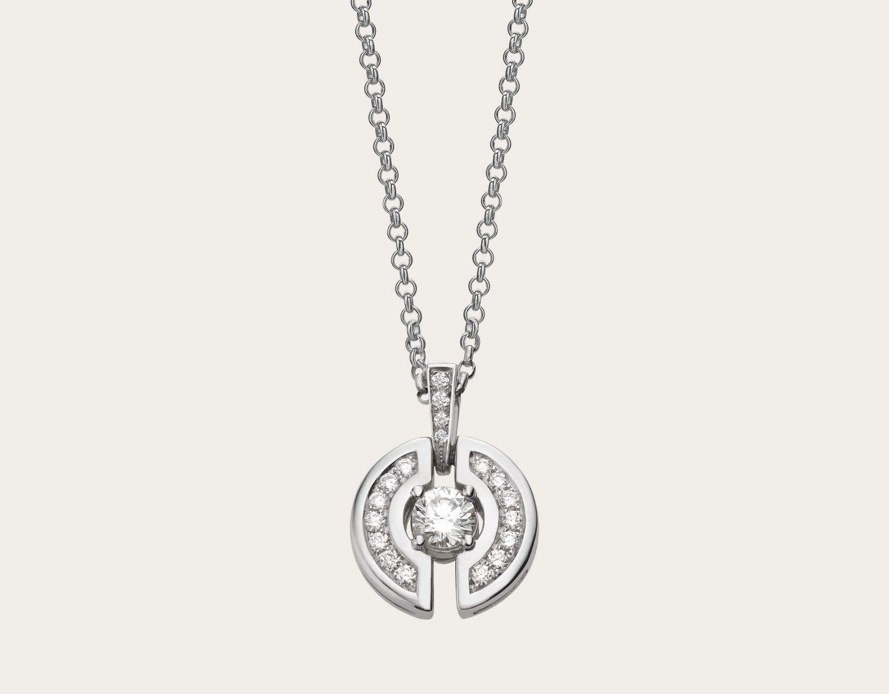Parentesi necklace with kt white gold chain and pendant set with