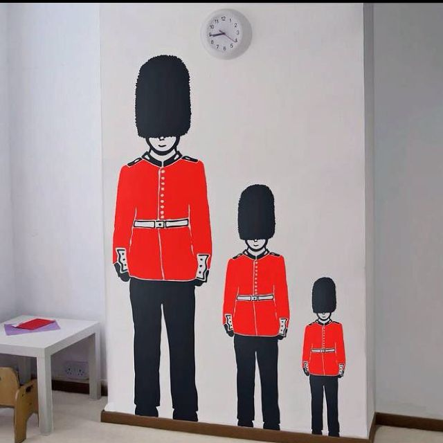 Beefeaters on a wall