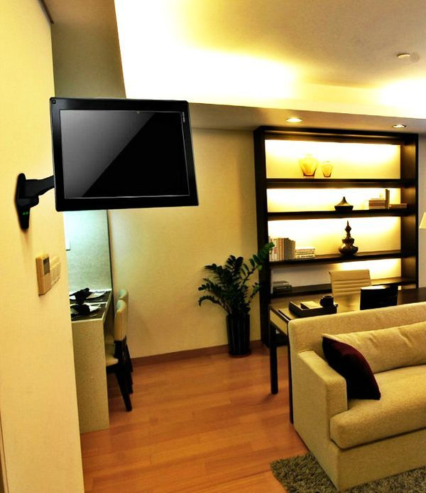 Tilt And Swivel Arm Tv Corner Wall Mount Tv Holder Tv813