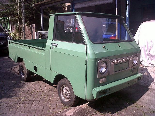 Daihatsu Hijat 55 Wide With Images Daihatsu Trucks Cool Cars