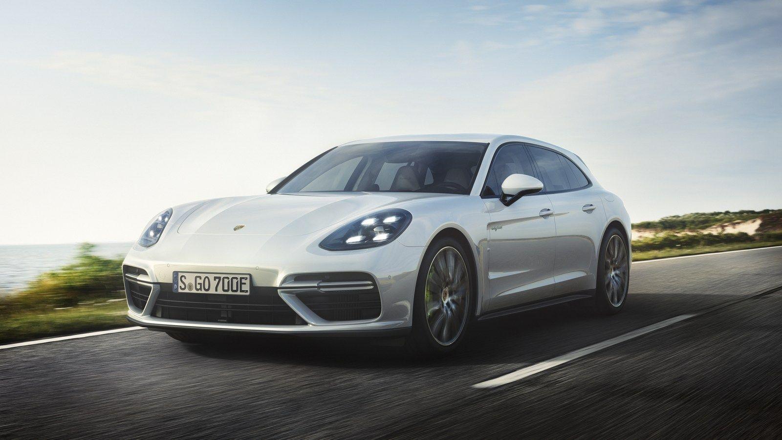 Αποκάλυψη Porsche Panamera Turbo S EHybrid Sport Turismo