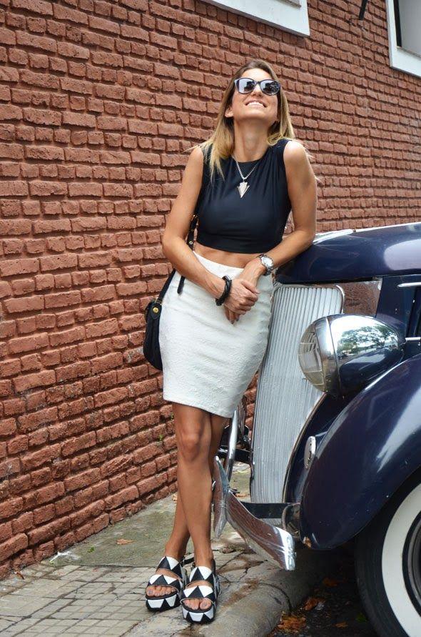 0171fbfd27 Crop top + falda tubo    tendencia Sexy !!!