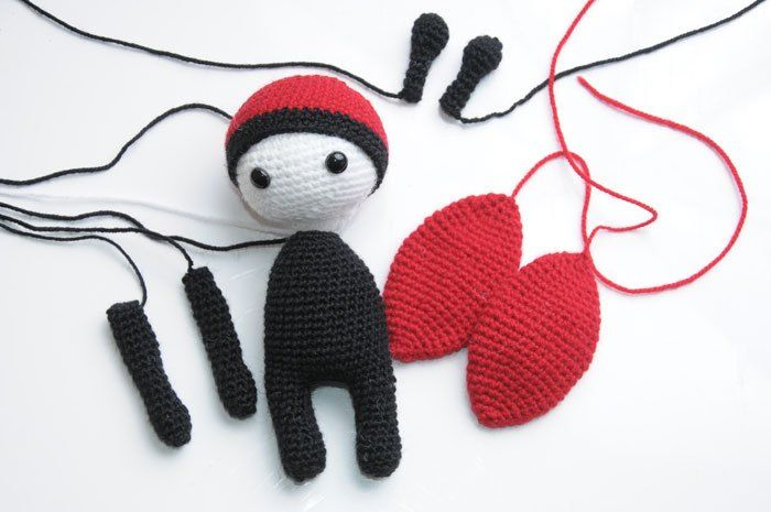 Amigurumi doll in ladybug costume - assembly